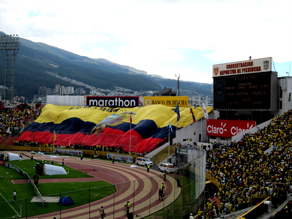 Quito-FootballFlag